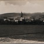027.celkový od hřiště asi 1934